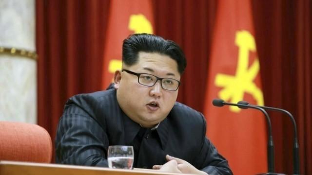 В Северна Корея забраниха сватбите и погребенията