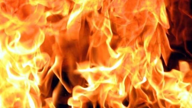 Фолксваген изгоря в с. Победа