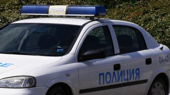 Ловеч: Намериха ранен човек до църквата в село Торос