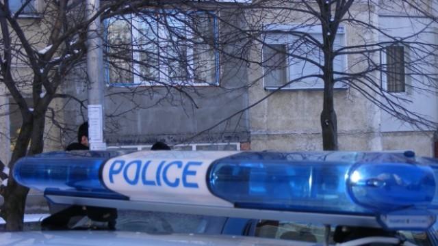 Задържаха четирима, обрали фирмен офис в Белене