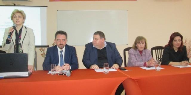 Плевен: Обсъждаха проблема с охраната на детските градини и училища