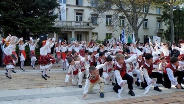 Над 300 участници от Плевенско със  заявка за събора в Копривщица
