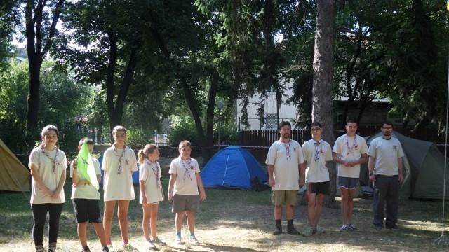Плевен: Скаути разпънаха лагер в Градската градина