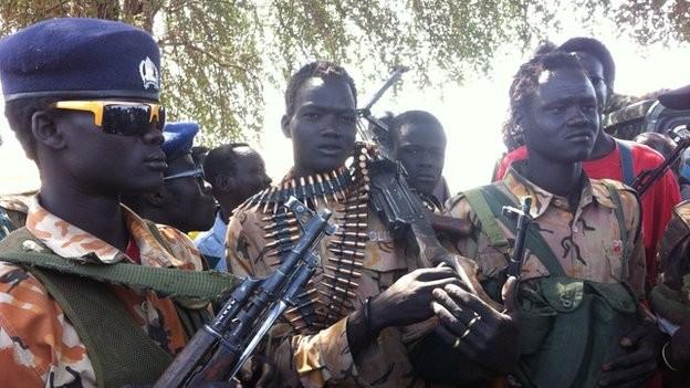 Шестимата българи, пленени в Судан, са освободени