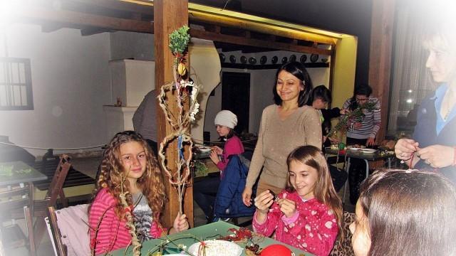 Плевен:Работилница за сурвакници отвори врати в Историческия музей