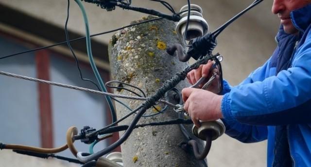 Близо 700 кражби на ток в Плевенско за 9 месеца