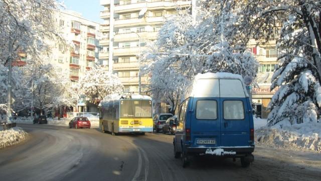 """Плевен: Тролейбус №9 днес ще се движи до ул. """"Трите бора"""""""