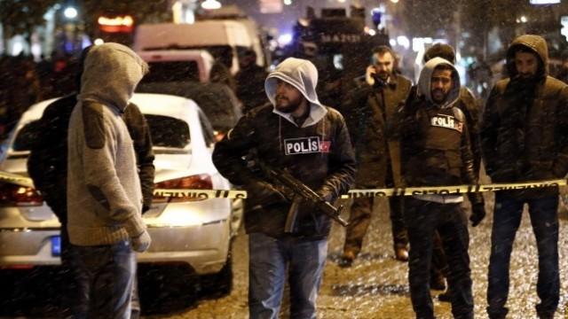 Бременна жена е извършила самоубийствения атентат в Истанбул