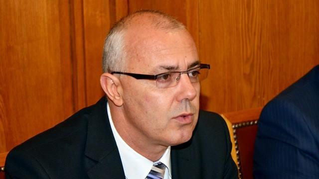 Вучков: Забраната за напускане на страната е отживелица