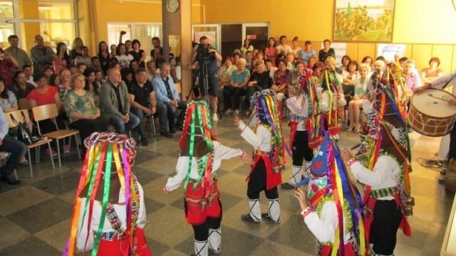 130 години образователно дело честваха в Чомаковци