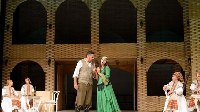 """""""Графиня Марица"""" гостува на плевенска сцена през март"""