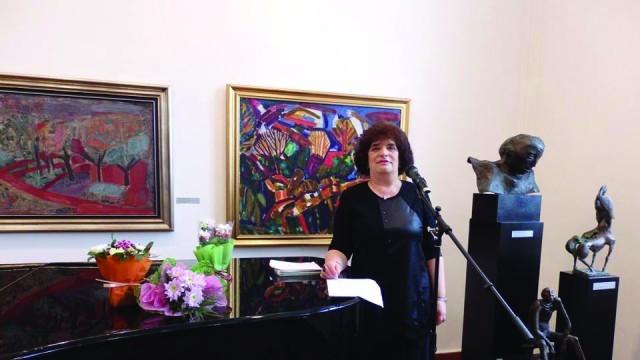 Плевен: Първа премиера на новата книга на поетесата Екатерина Пенчева