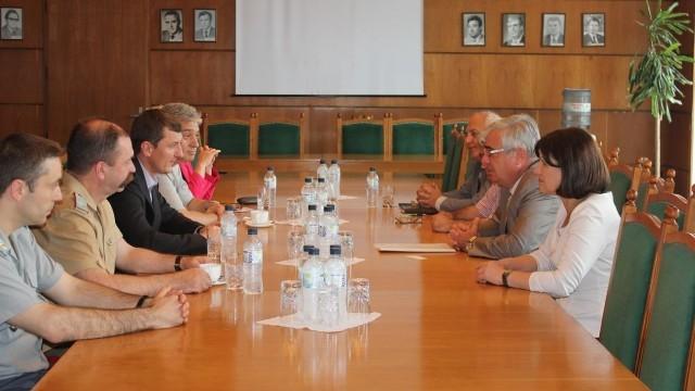 Плевен: Зам.-министърът на отбраната подкрепи идеята за кампус в бившата ШЗО