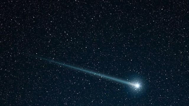 Изпращаме 2015-а със звездопад и с малка комета в небето
